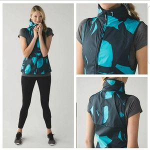 Lululemon Pack It Peacock Vest Size 8